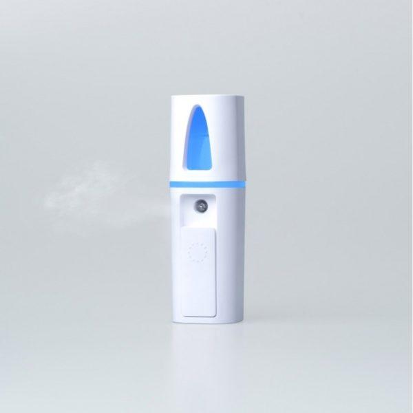 Mistilia est un diffuseur ultrasonique portable d'huiles essentielles et d'eaux florales.